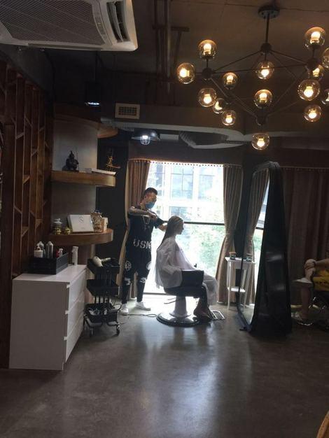 派柏发型定制馆_(7.8折)_派柏总监沙龙设计师胡海泉发型图片