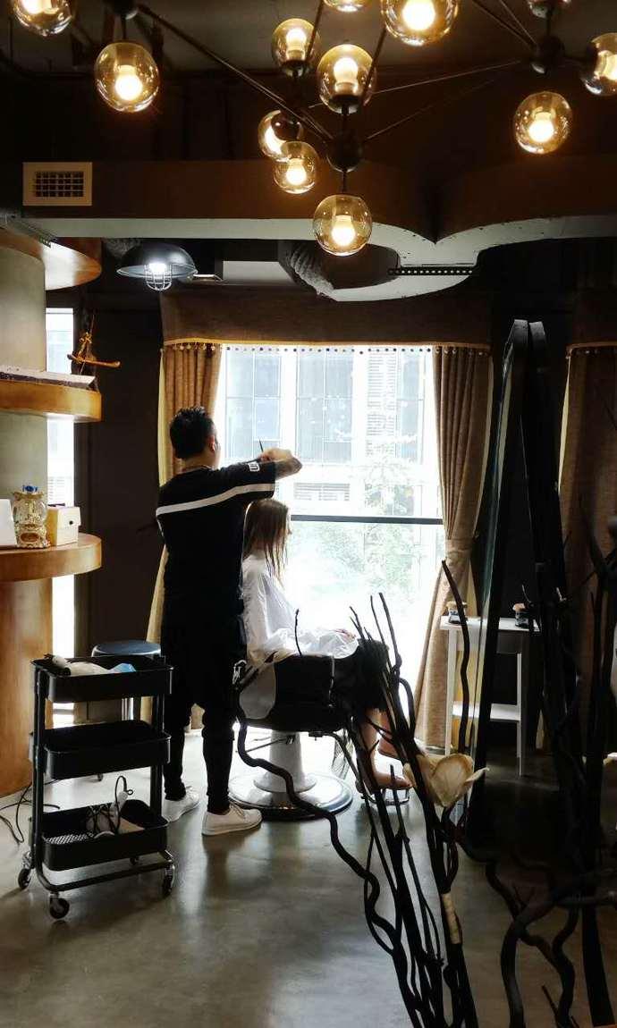 派柏发型定制馆_(7.7折)_派柏动漫资深设计师齐刘海可爱头像沙龙图片