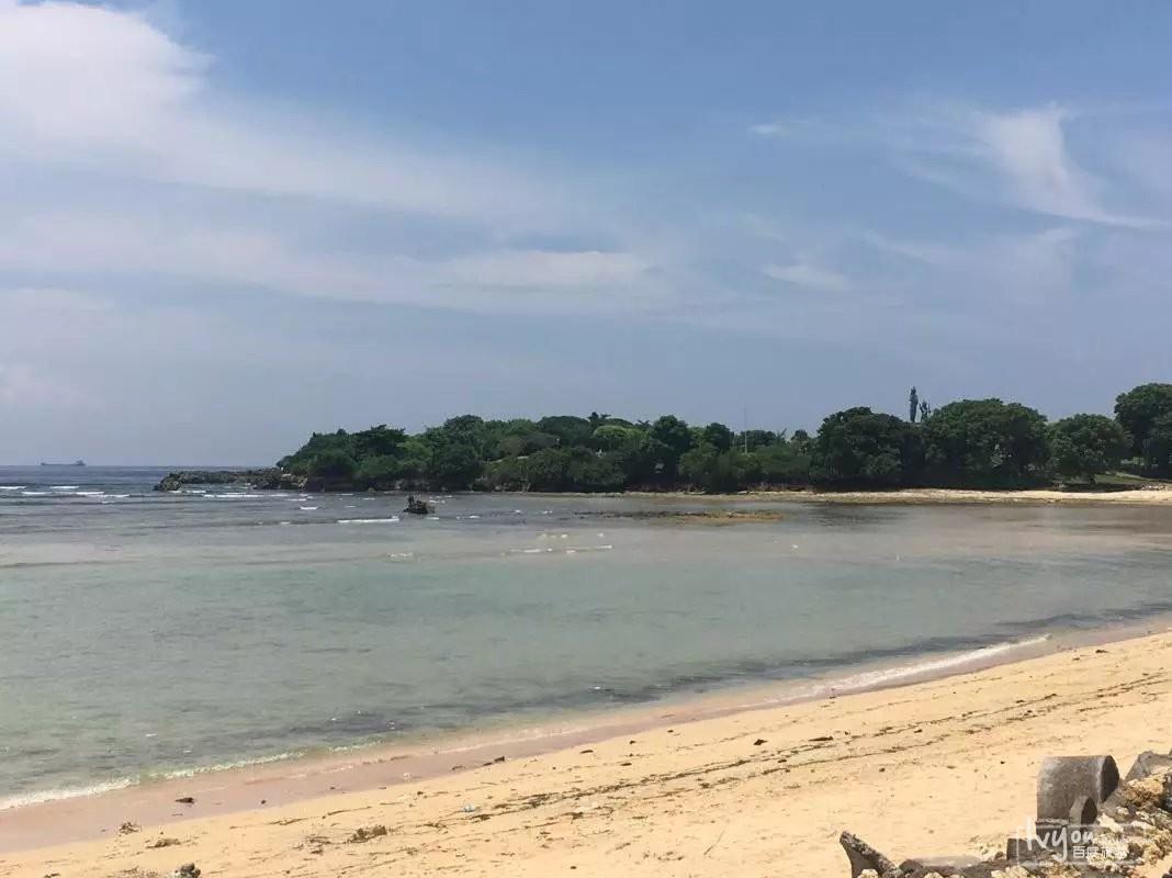 努沙杜瓦沙滩是巴厘岛必玩的景点之一