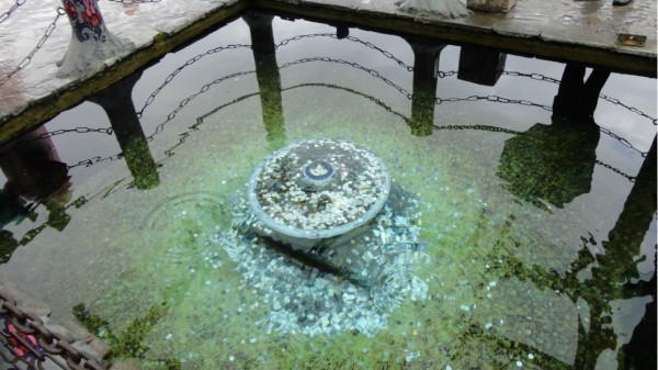 许愿池,好多硬币!