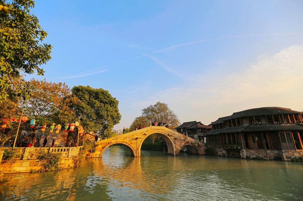 手绘乌镇桥的图片