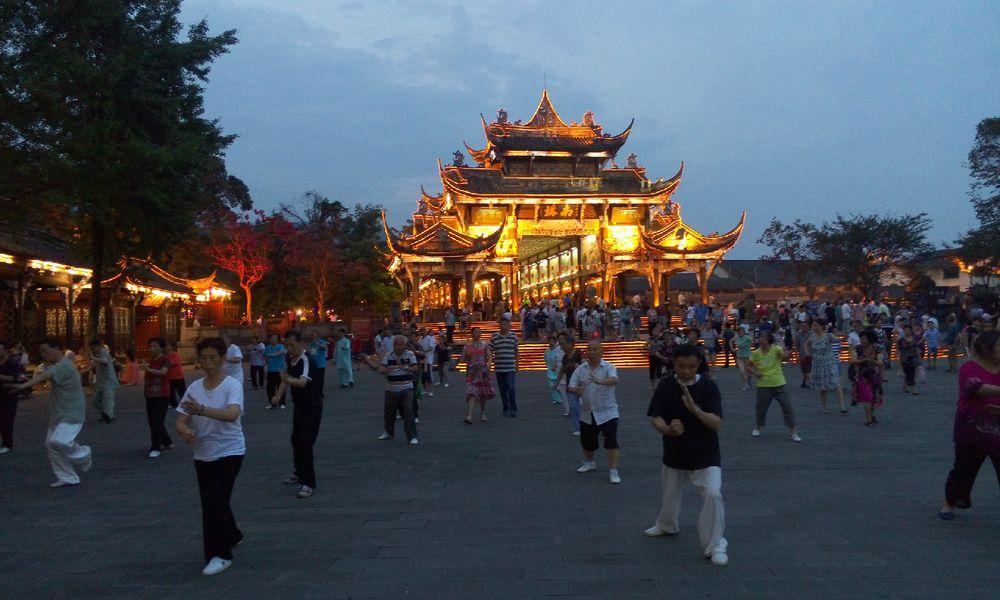 都江堰南桥图片