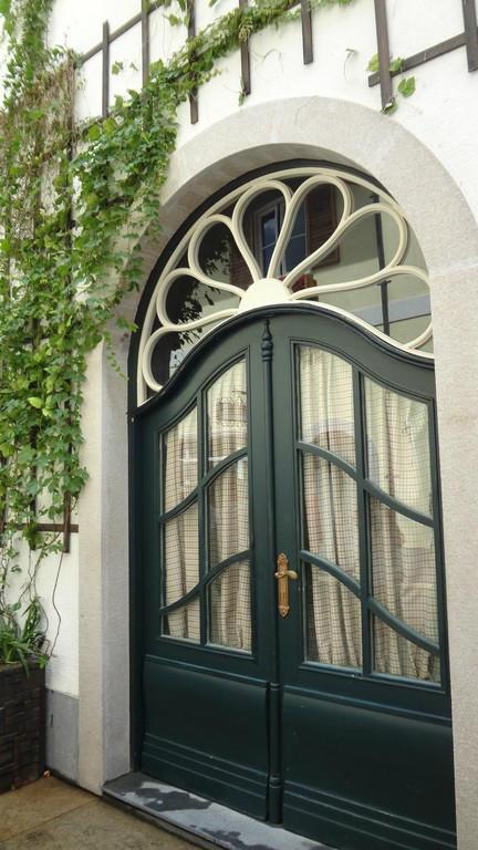 欧式风情门窗图片