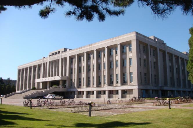 东北大学图书馆的介绍图片