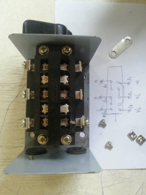 hy2-8倒顺开关 和单相双值电容电动机线怎么接啊,有没