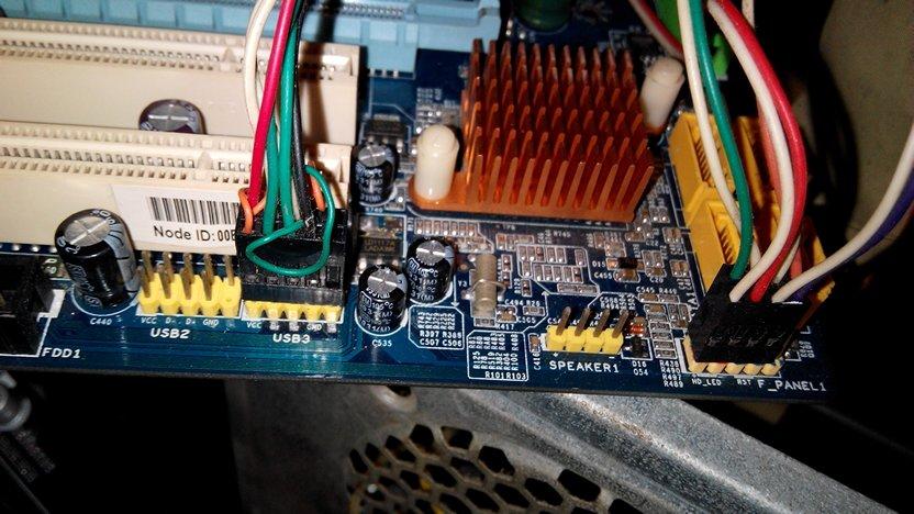 华硕m4a77主板怎么接线.还有三个接口不会接.蓝色的是