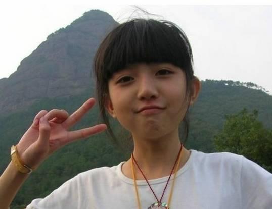 15岁的可爱女孩是谁?有没有她的照片了呢?