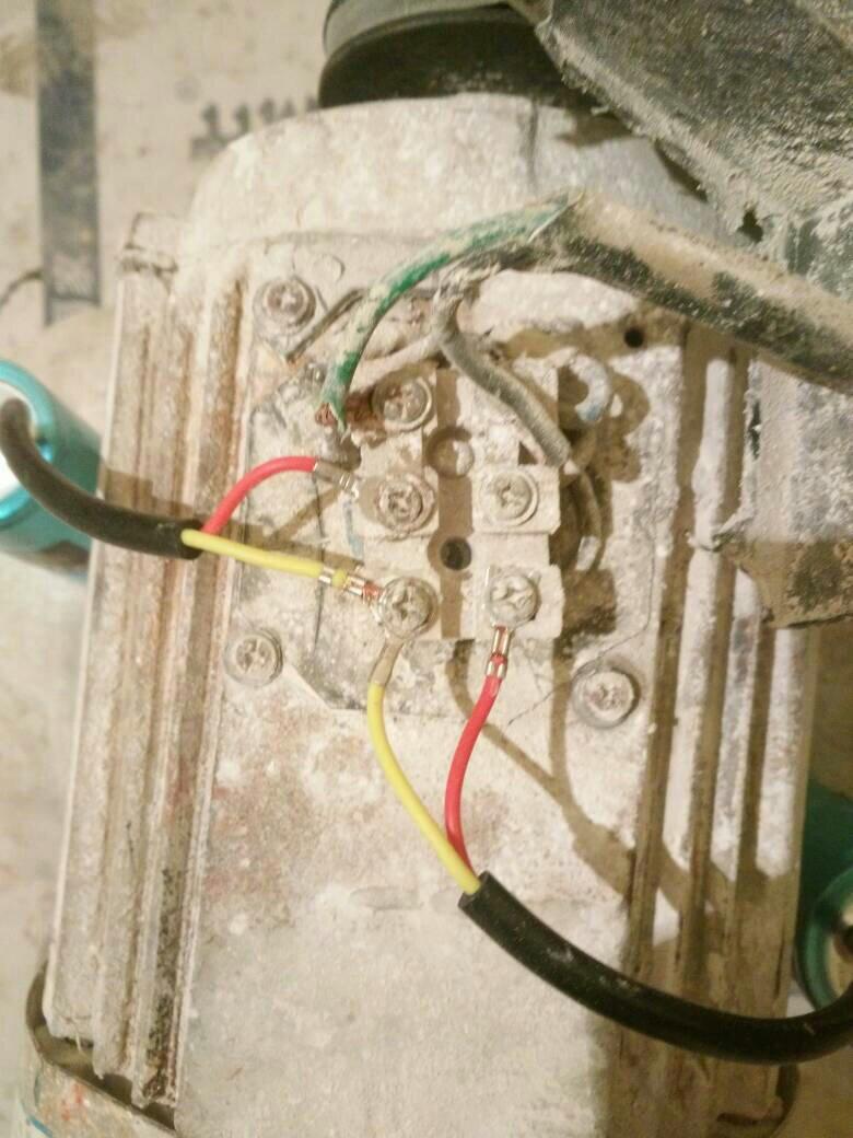 空壓機電容怎么接線