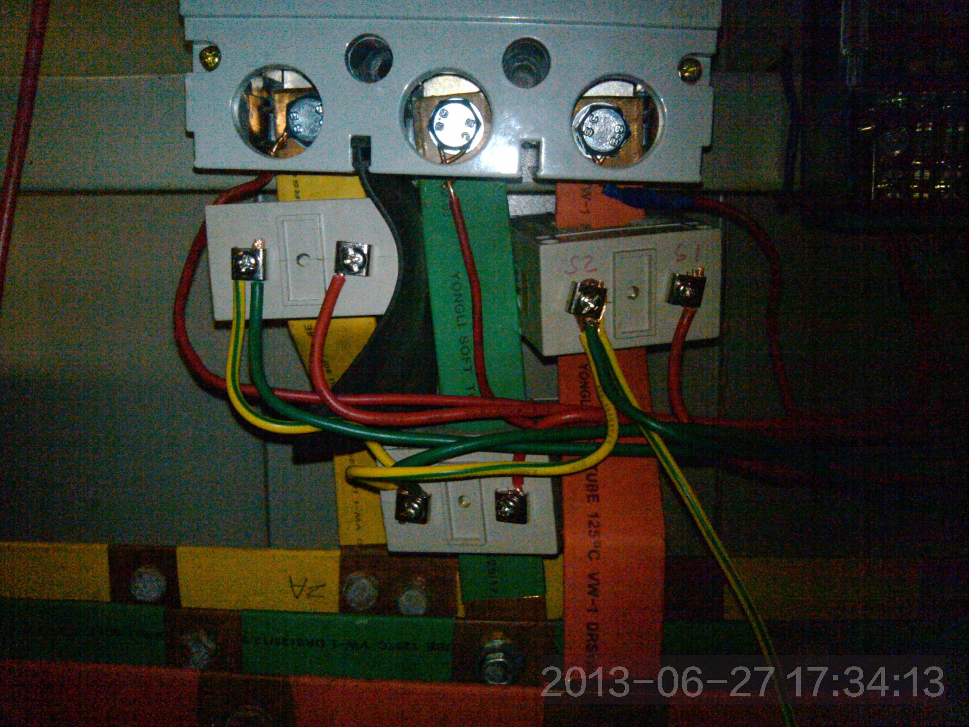 电表电流互感器电流表接线实物图