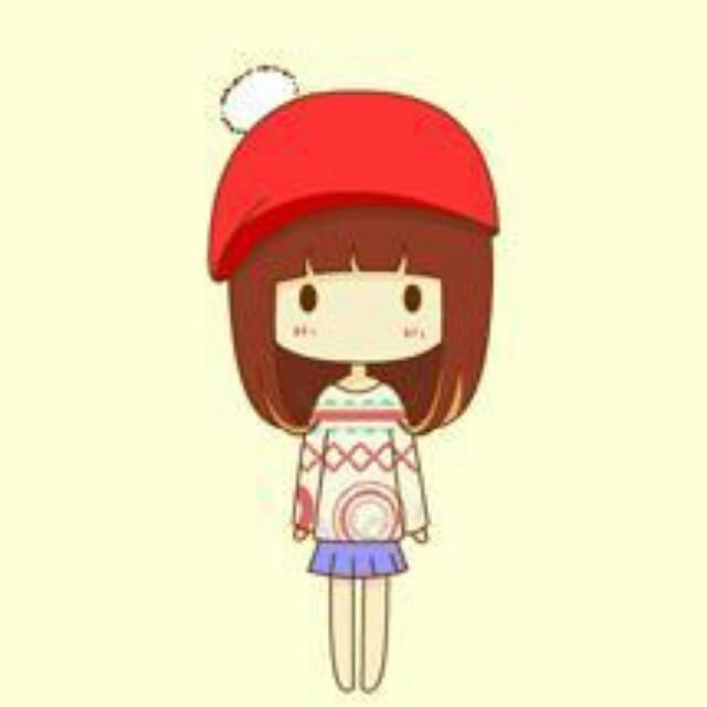 有一个头大身小齐刘海棕色头发眼睛小小的卡通小女孩头像 这个叫什么图片