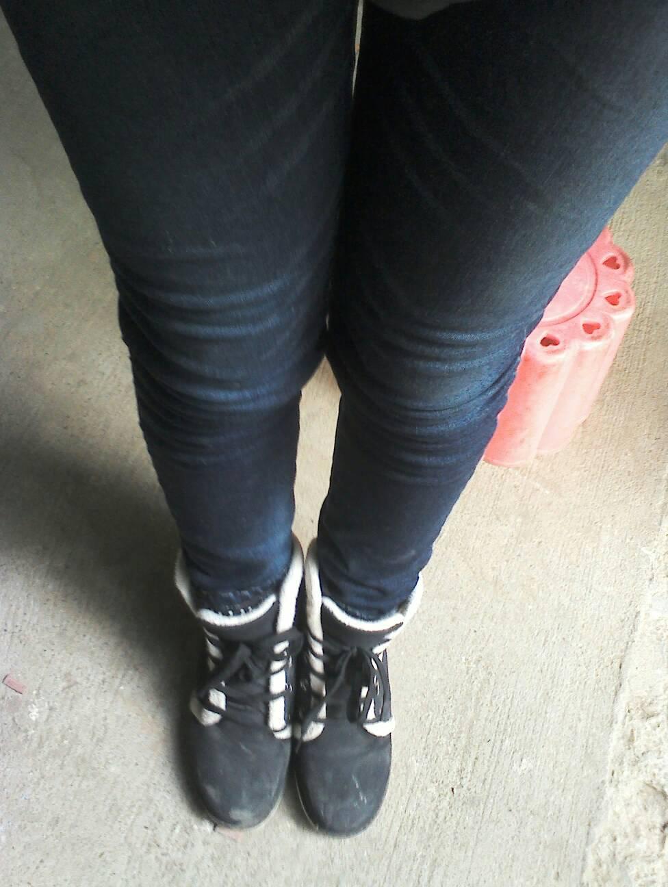 游戏一下名字腿型?是x女生么?如果是,请问全集大三字型腿这是图片