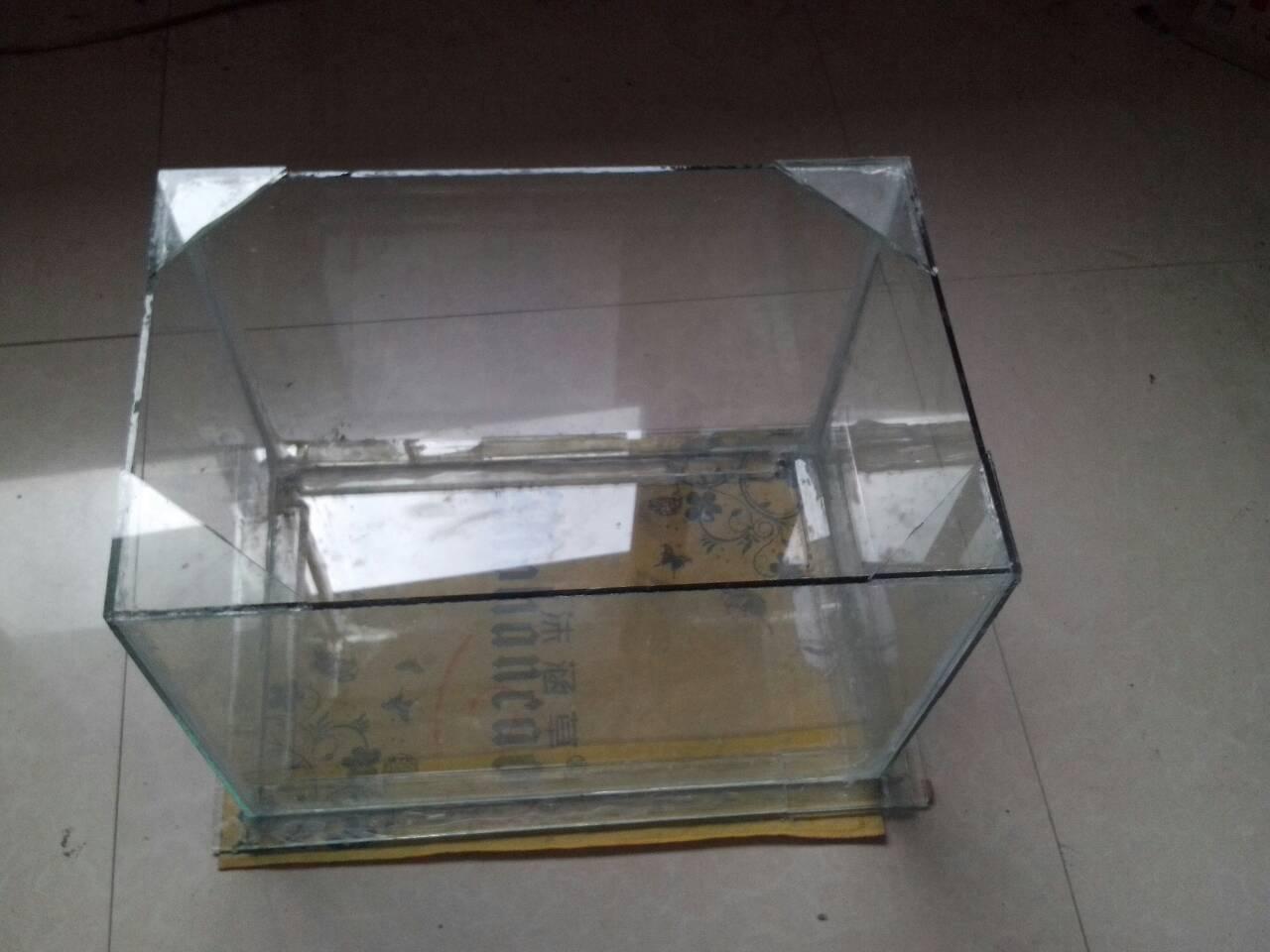 透明玻璃胶_三天前粘了一个鱼缸,用的是透明玻璃胶,我想问下多久可以装水啊?