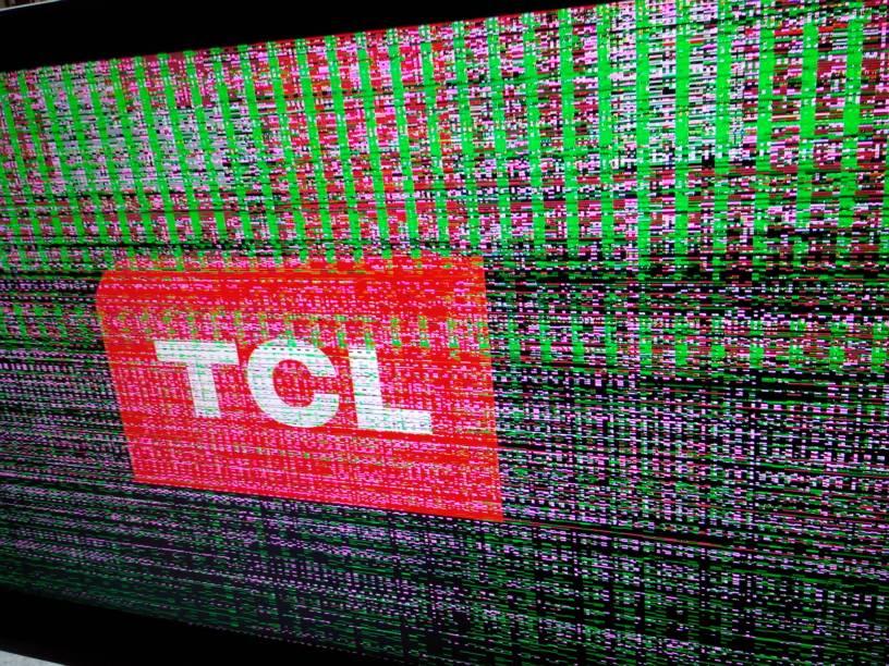 tcl40f11液晶电视花屏故障,请各位专业人士分析分析,是逻辑板坏还是