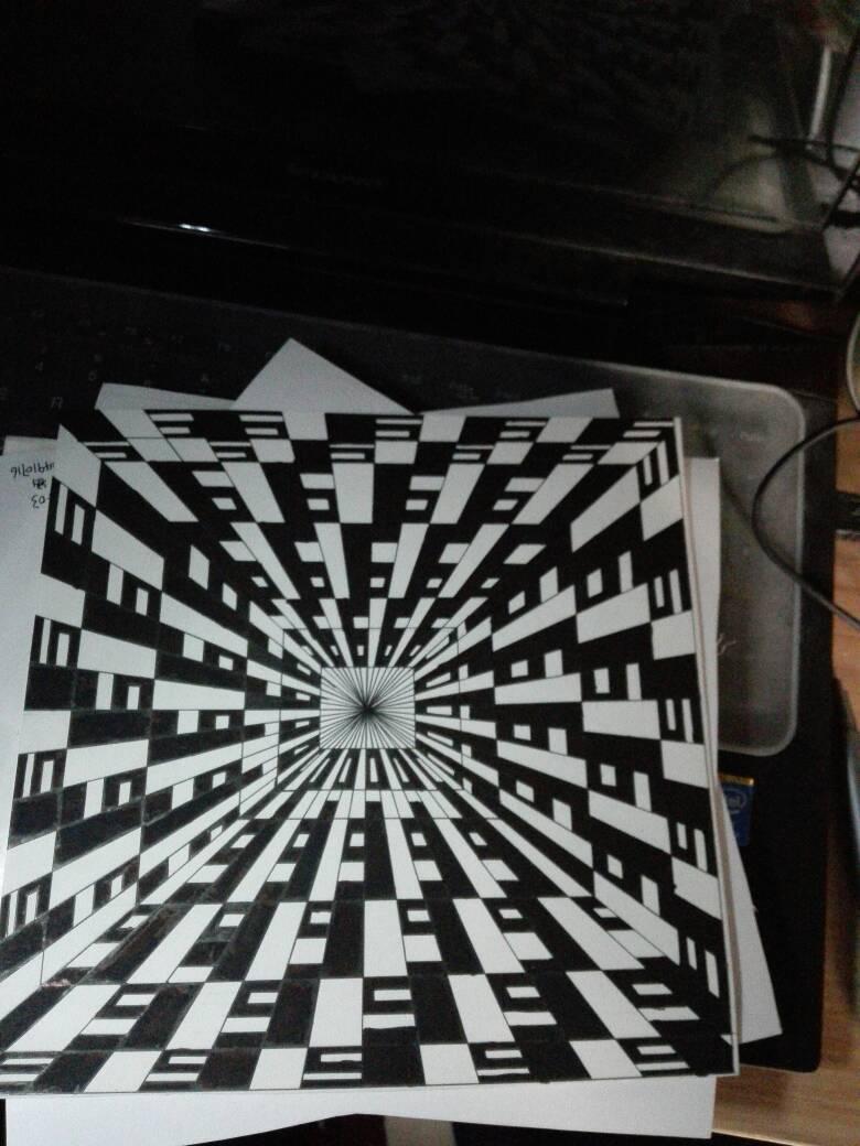构成设计作业,现在我也不清楚我画的这是透视还是发射图片