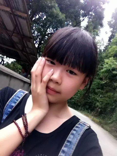 请发给我12到14岁清纯可爱的女孩照片,要很多一个人不