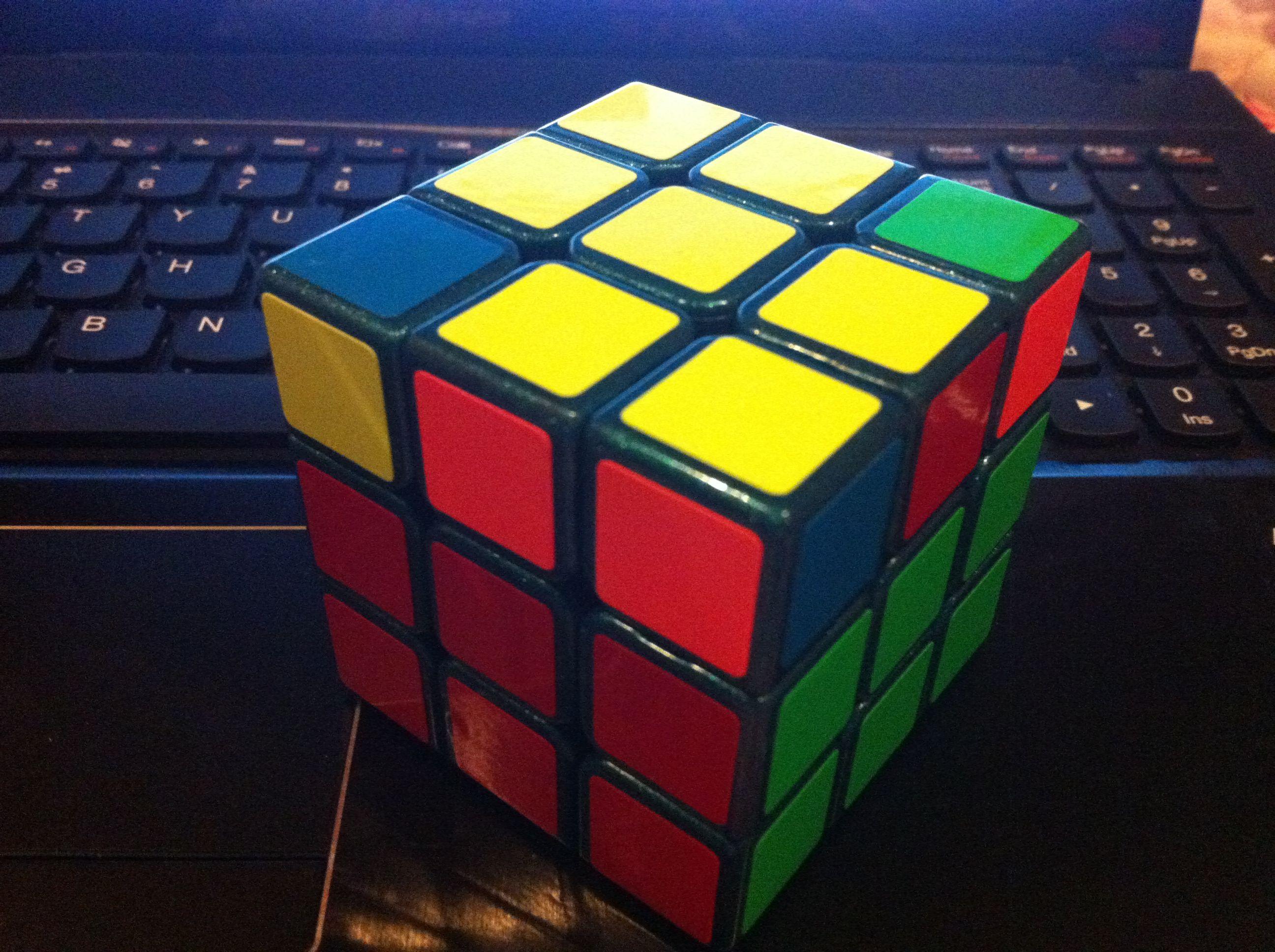请问三阶魔方顶面一层如何恢复?不要百度的答案.