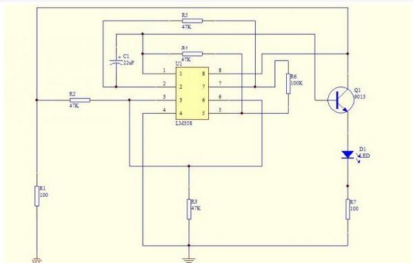 模电呼吸灯里lm358原理(有电路图)