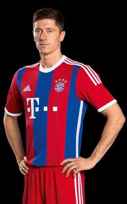 莱万多夫斯基成长在波兰本土联赛中,但是在德甲联赛中取得职业生涯