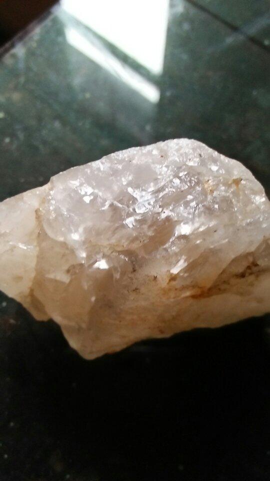 这是我在南非捡来的石头,是钻石原石吗?