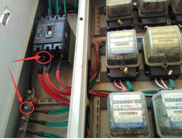 怎样将380伏的三相电经过电箱转换成220伏家电