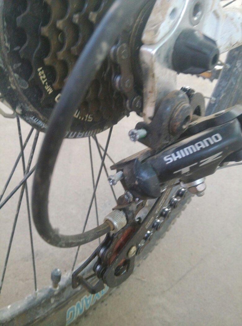 自行车后变速器三个螺丝怎么调各位大神教教我