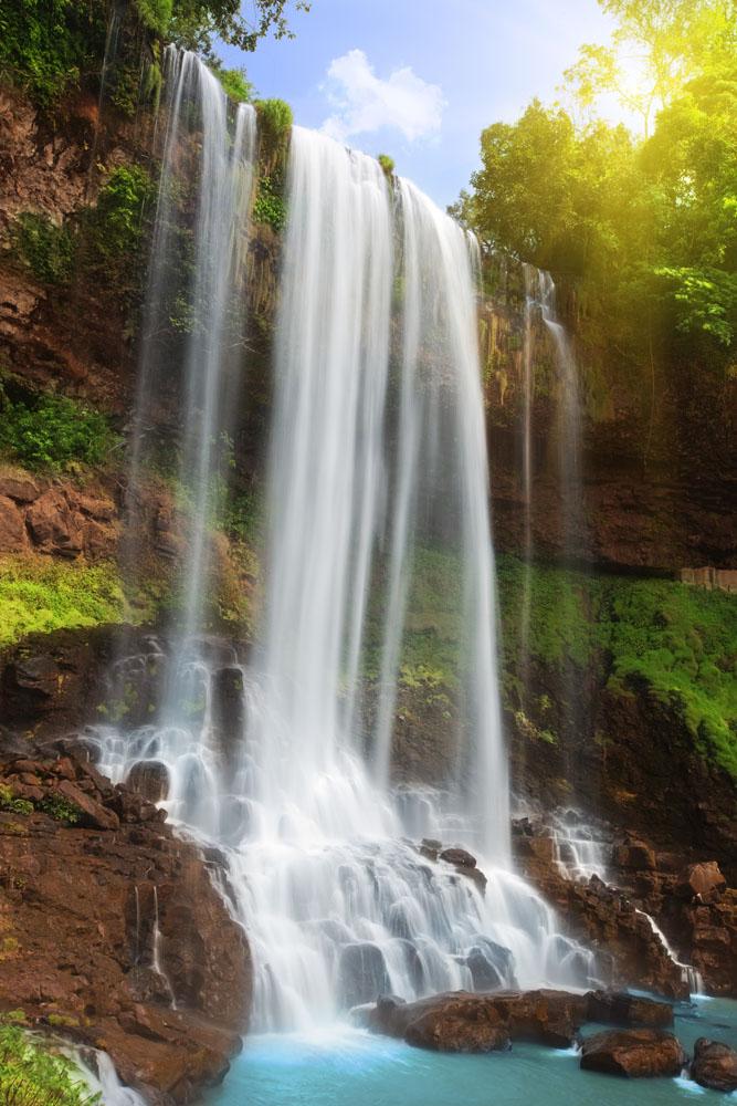 壁纸 风景 旅游 瀑布 山水 桌面 667_1000 竖版 竖屏 手机