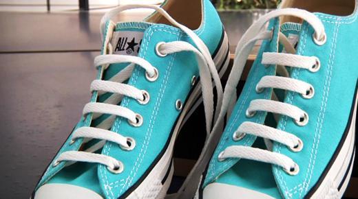 花样系鞋带的方法图解