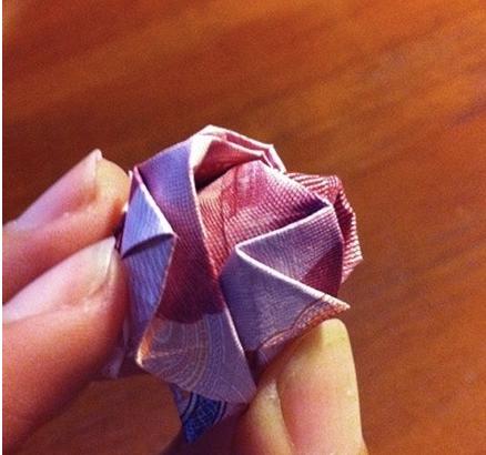 用钱怎么做玫瑰花图片