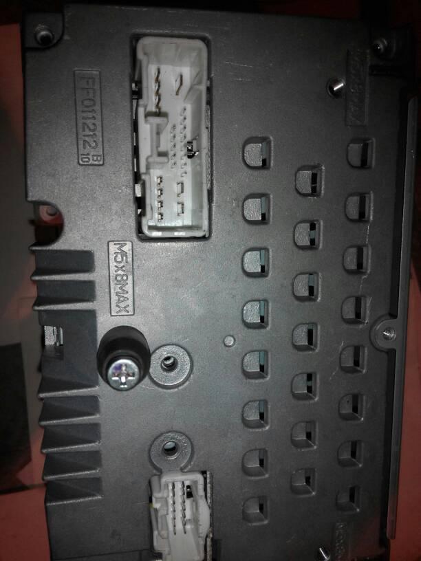求车载cd机cq-jm4681ak后插线板接线图 希望各位专家给研究一下,看
