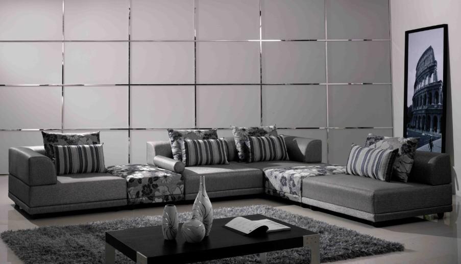 黑灰色地板 配什么颜色的家具才经久耐看 比如 门 沙发 窗帘 柜子