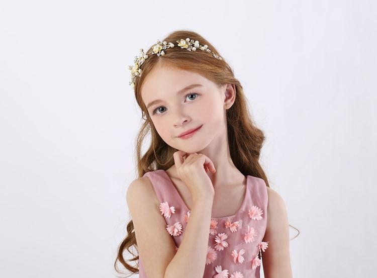 255 经常看到她在淘宝童装上作为小模特出镜.