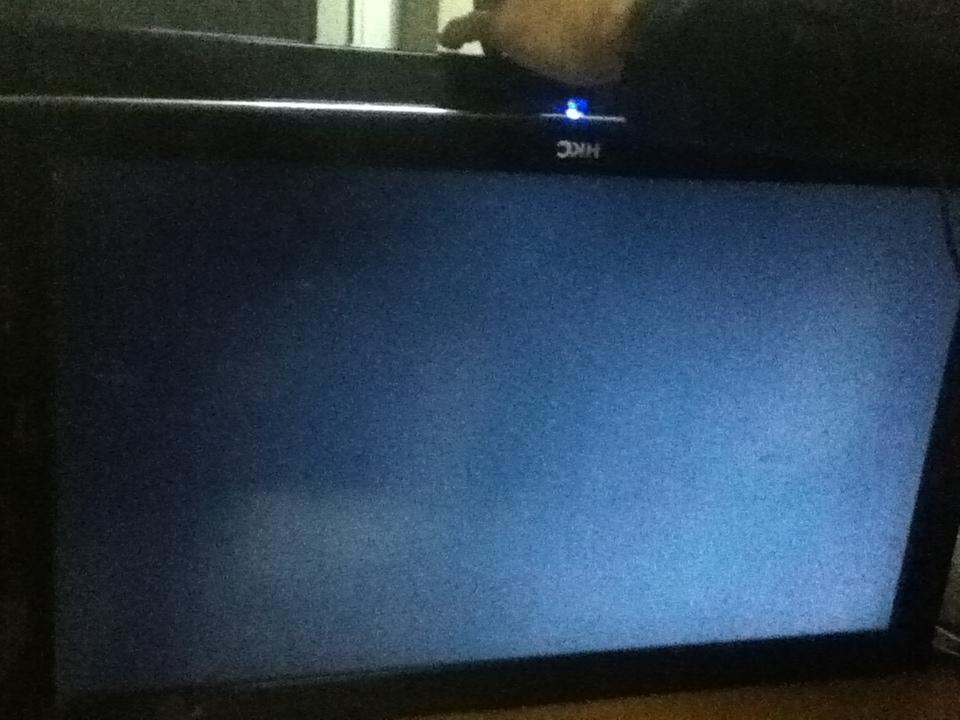 hkc液晶电视有视频,臊子暗淡全无声音,背光灯亮是屏幕图像图片