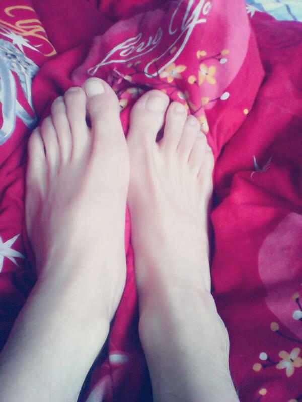 可爱秀脚网图片