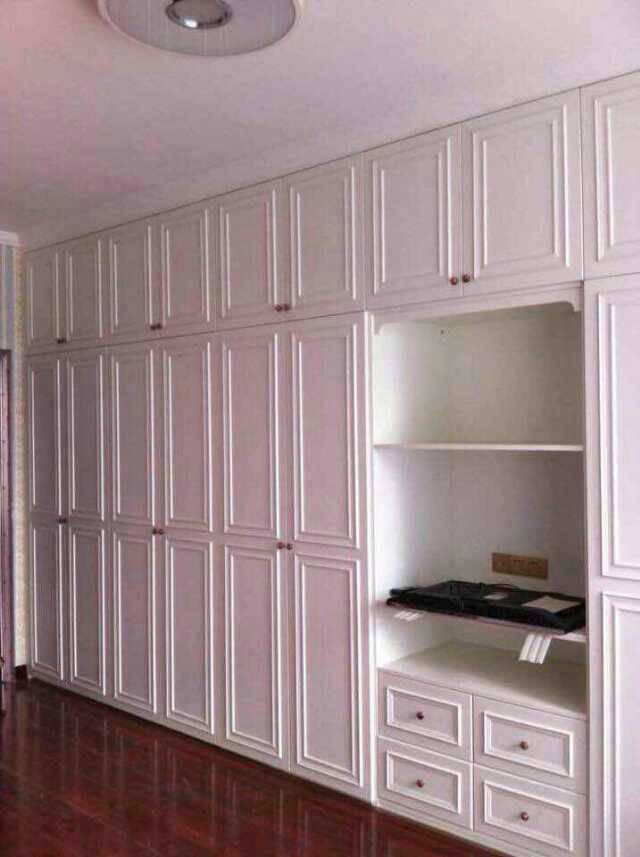 做隔墙双面衣柜大概要多少钱