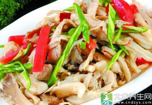 瘦肉炒肉是饭菜和平菇炒制的一道家常菜.网菜谱大全平菇图片