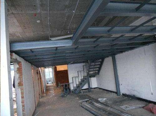 吊顶加钢结构转换层标准间距多少公分