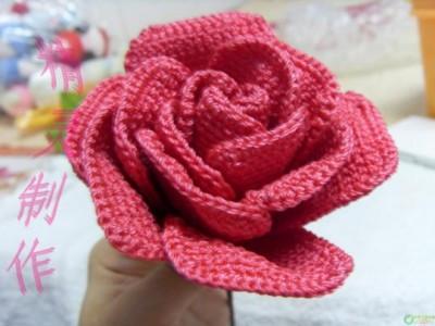 用钩针编织玫瑰花