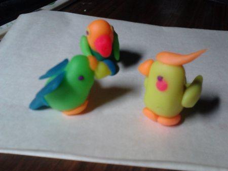橡皮泥手工制作动物鹦鹉