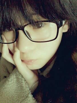 14岁女生漂亮照片素颜平刘海图片