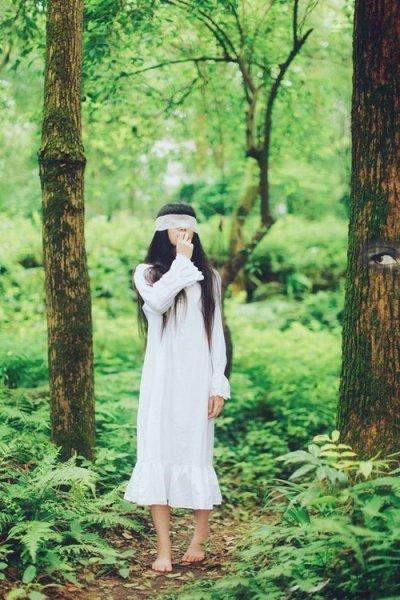 壁纸 风景 森林 桌面 400_600 竖版 竖屏 手机