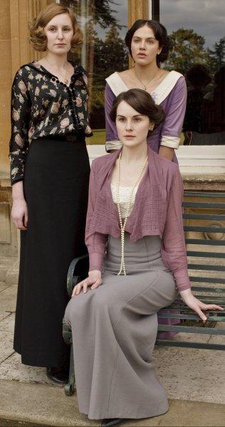 二十世纪英国女生女人英国服饰a女生v女生女人qq图片