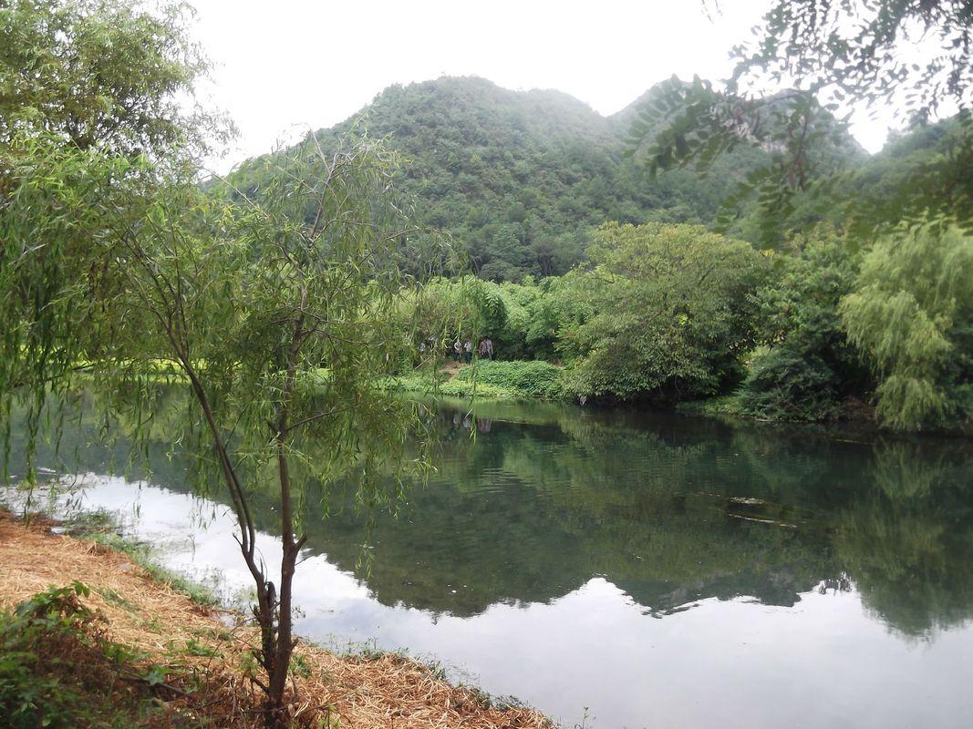 花溪河与山与水图片