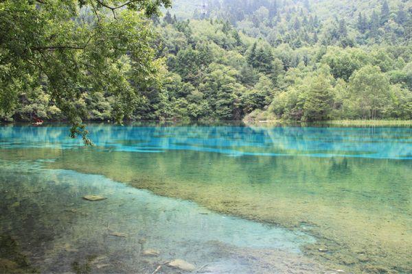 蓝色水流图片素材