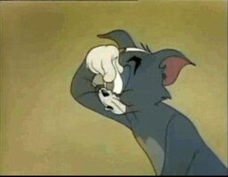 找一张tom猫困了 用双面胶粘眼皮的gif图图片