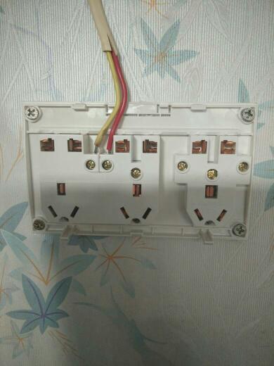 这个15孔插座怎么接线?