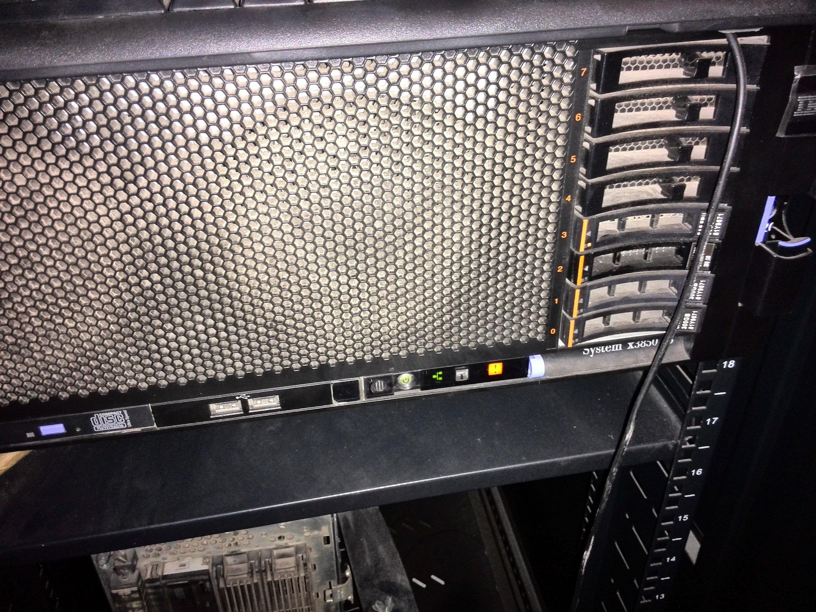 ibm服务器黄灯,黄叹风神常亮是故障?东风号灯ax5和gs4图片