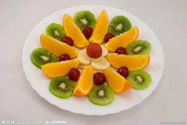 香蕉,苹果,橘子,枣,可以做什么水果拼盘 找方法图片