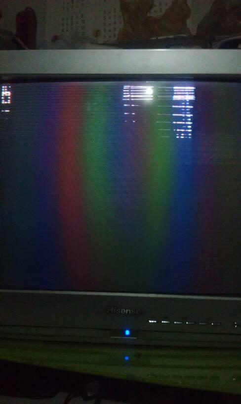 家里海信电视有声音,图像是各种颜色的,过一会拍拍就好了,一会又没