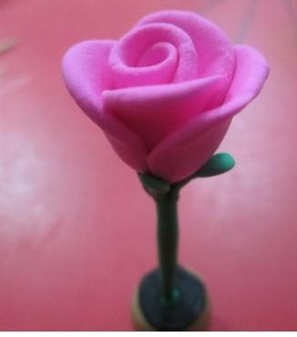 如何用粘土做玫瑰花