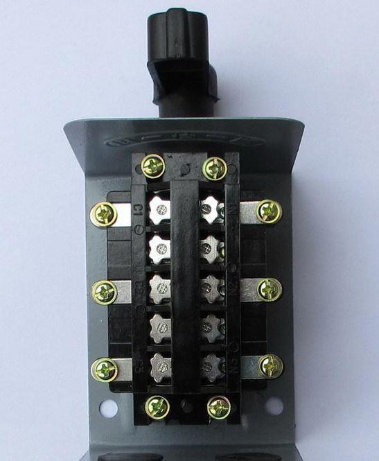 请教一下380v的电机,倒顺开关的接线图